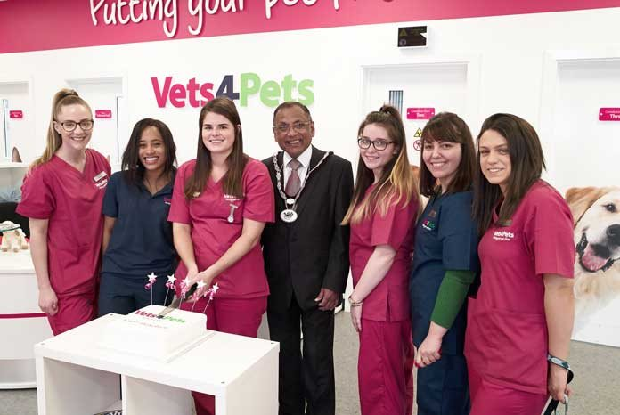 Vets4Pets has opened it's 450th joint venture practice in Essex with Cheryl Lucas MRCVS and veterinary nurse Nick Briggs.